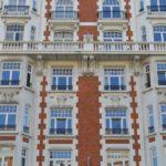 Bel appartement de +/-125m2, 2 chambres et balcon couvert